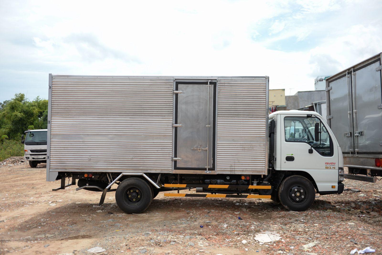 Xe tải ISUZU QKR77HE4 1 tấn 9